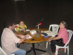 Entrevista ocorreu na Rádio Universitária com Victor Vasconcelos e Fred Miranda (e)