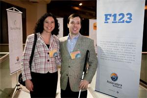 Fernando e Flávia em evento de divulgação do software f123