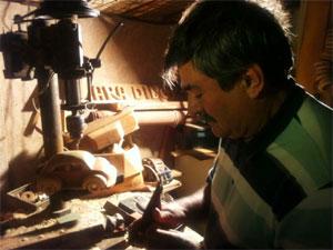 Jair dos Carrinhos dedica cerca de 12 horas diárias ao trabalho, sua grande terapia