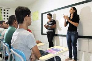 Tradução dos serviços para Libras é um passo importante na inclusão de surdos