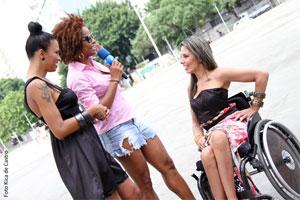 Ariadna Arantes (esq), Adriana Bombom e Caroline Marques