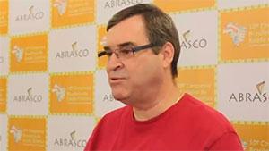 Médico Joaquim Molina, representante do Brasil na OPAS/OMS