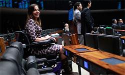 Dep. Mara Gabrilli (PSDB/SP) foi reeleita em 2014 com mais de 155 mil votos