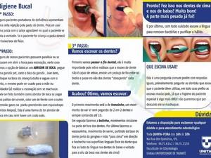 Cartilha dividida em três colunas, com três fotos e muito texto, dando dicas de escovação e cuidado com a higiene bucal
